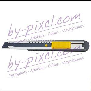 cutter-olfa-fwp-1-papier-bloc-bout